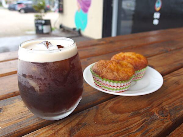 グアム コーヒースラット のコールドブリューナイトロコーヒー