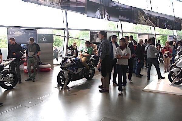 ドイツ・ミュンヘンにあるBMWのショールーム「BMW Welt」