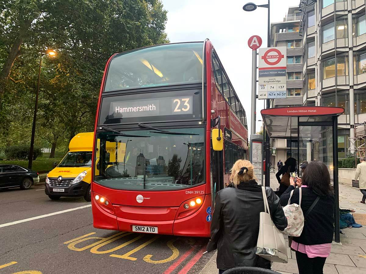 ロンドンバスの乗り方