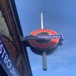 ロンドン地下鉄(TUBE)の乗り方! 英語がわからなくても大丈夫!