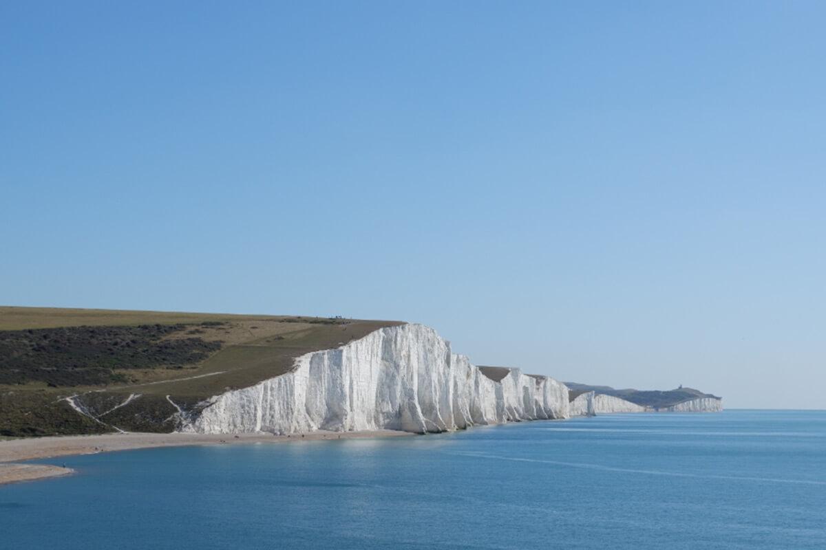 チョークで出来た白い崖「セブンシスターズ」