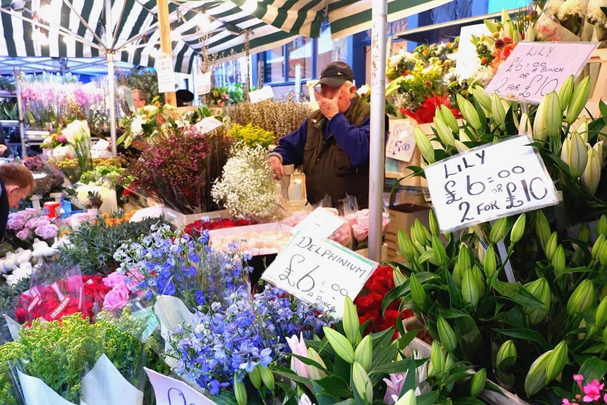 ロンドン・コロンビアロードフラワーマーケット