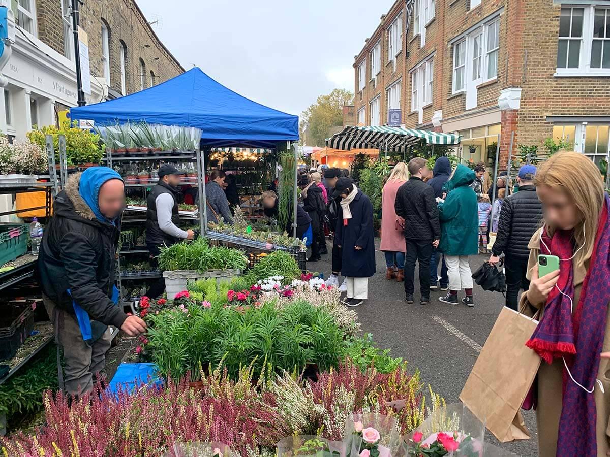 ロンドンで日曜日に開催されるコロンビアロードフラワーマーケットはローカル感満載でおすすめ!