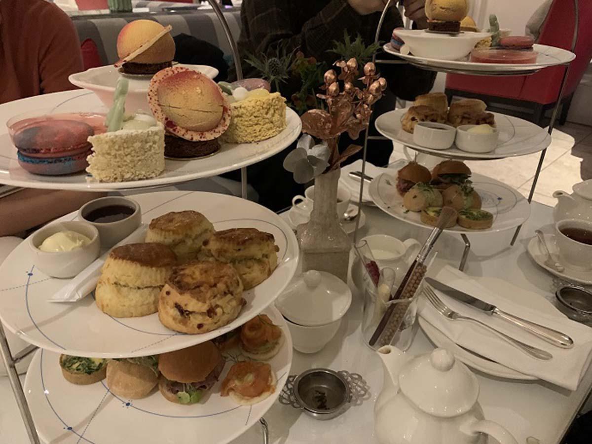 ロンドンの変わり種「Science Afternoon Tea(サイエンスアフタヌーンティー)」に行ってみよう!