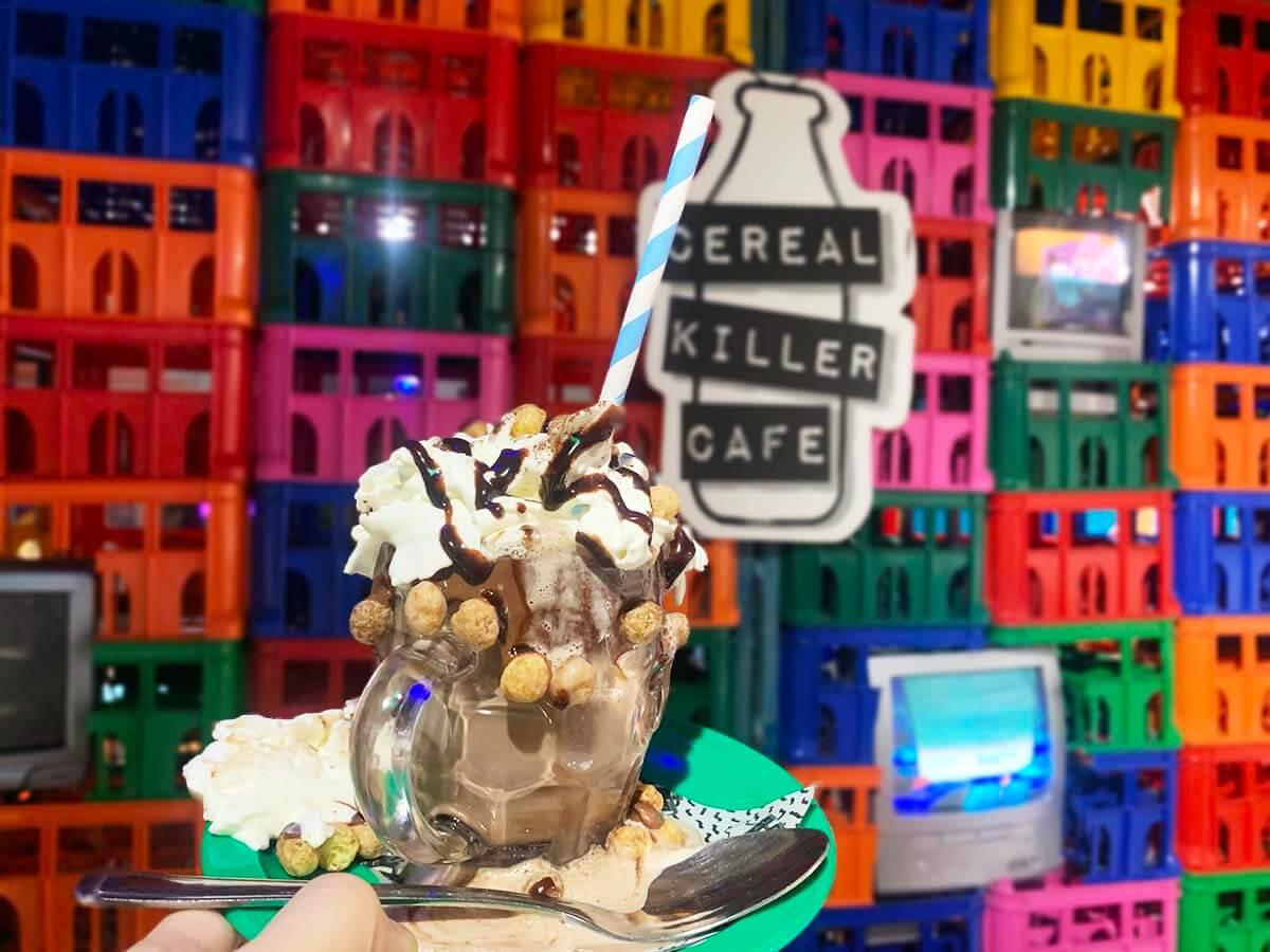 ロンドン・レトロでポップな「シリアルキラーカフェ(Cereal Killer Cafe)」